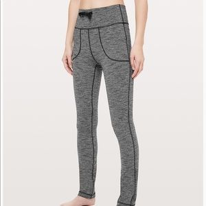 Lululemon skinny will pant/legging with pockets